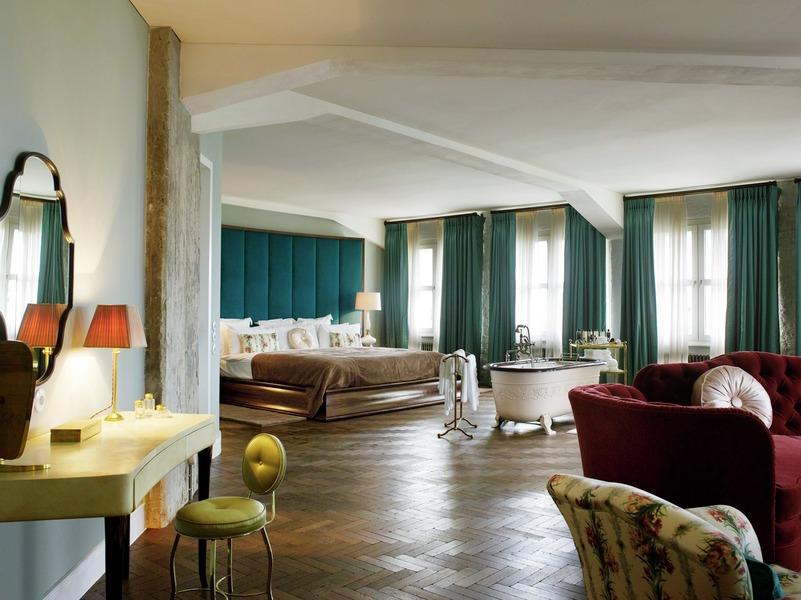 berlin soho house. Black Bedroom Furniture Sets. Home Design Ideas